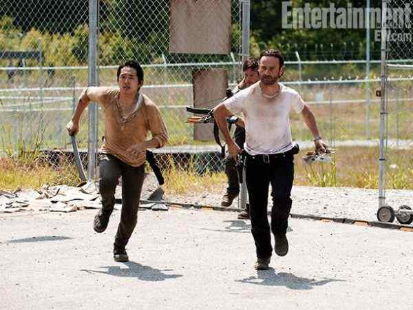 Horror Society: The Walking Dead Season 3 New Pics   www.horrorsociety.com